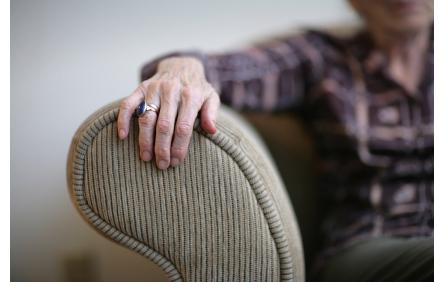 Elderly_hands2