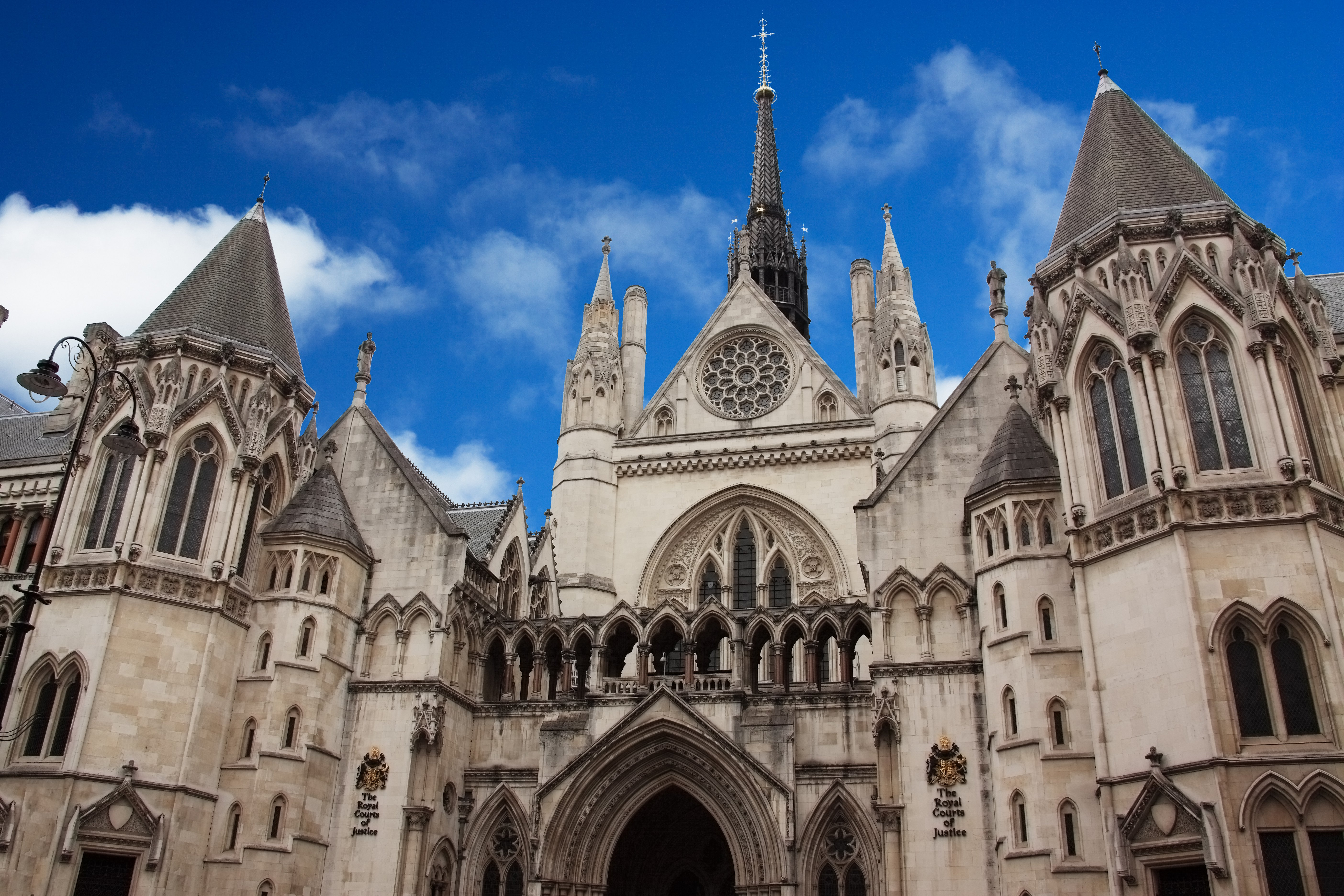 royal_courts_justice_3