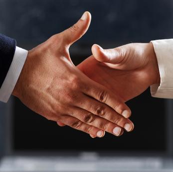 handshake_istockphoto_sykono