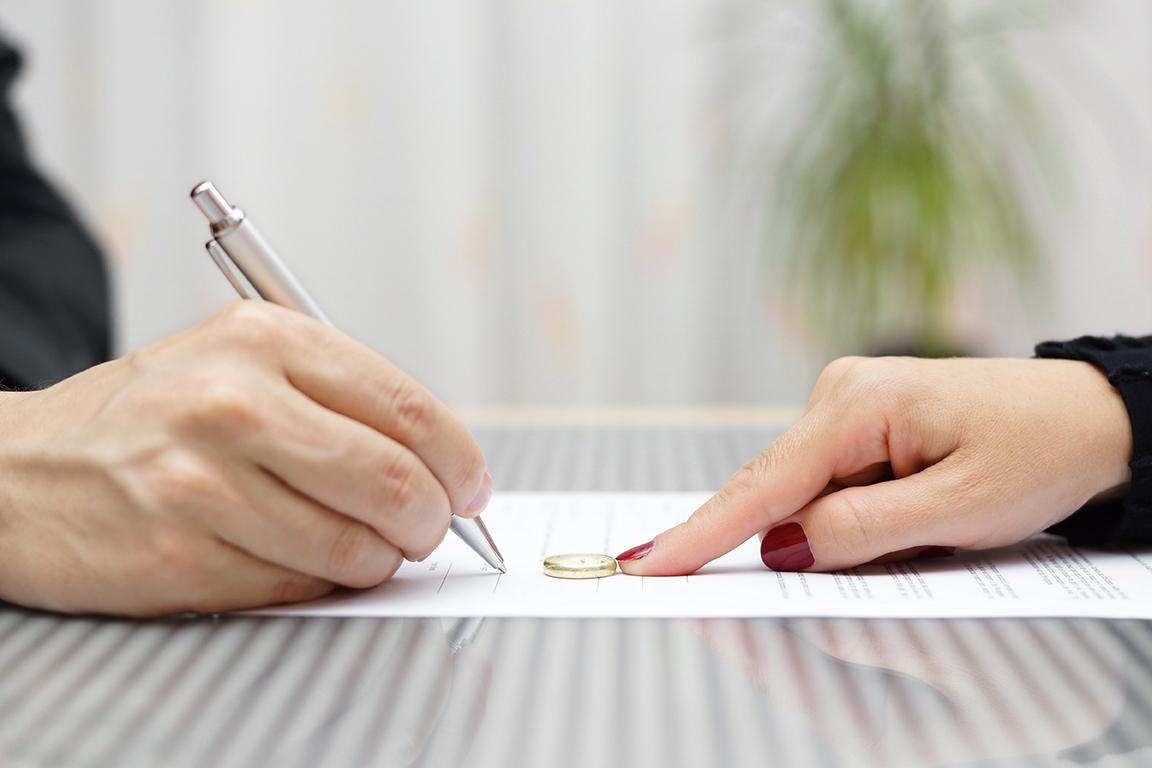 VW v BH - Divorce petition