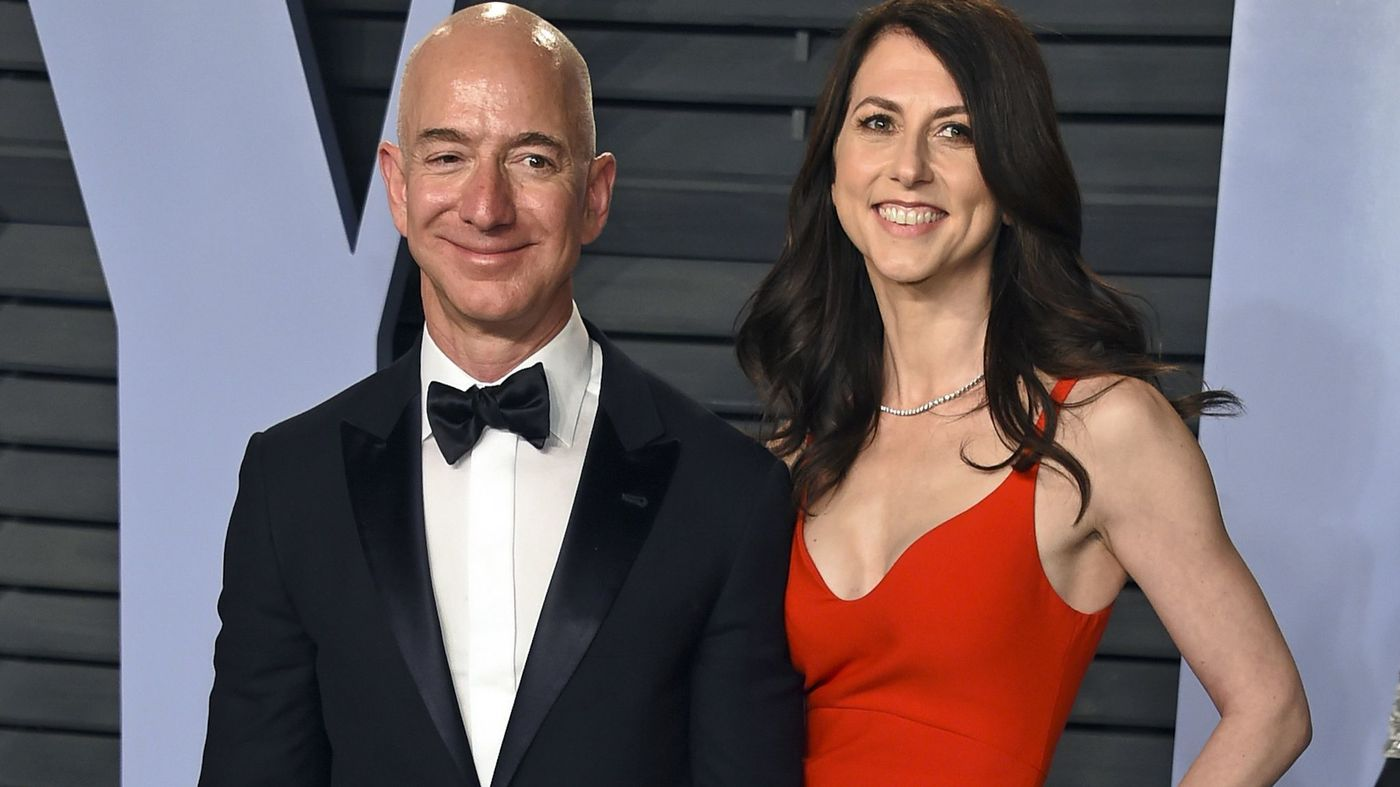 Bezos and wife