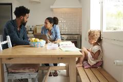 Focusing on behaviour and attitudes of separating parents